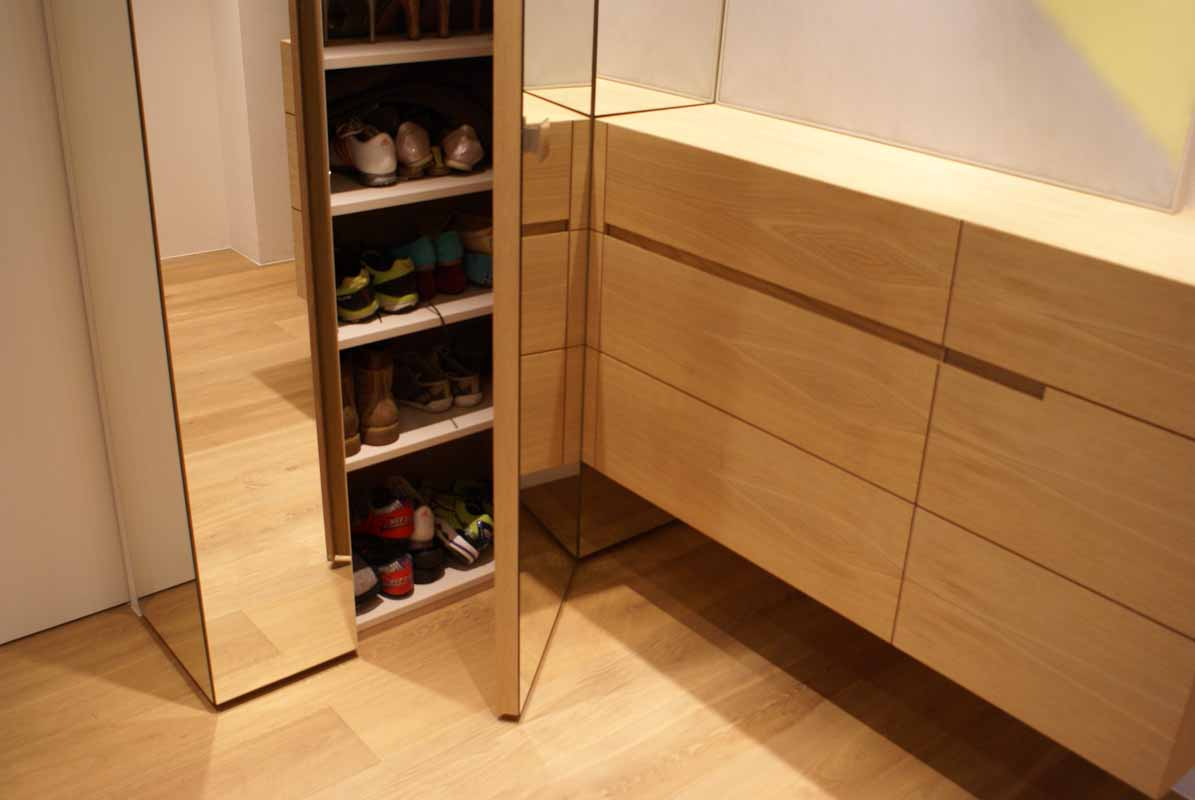 garderobe modern tischlerei putzer brixen. Black Bedroom Furniture Sets. Home Design Ideas