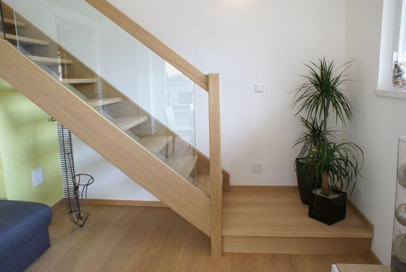 Treppe Holz mit Glas
