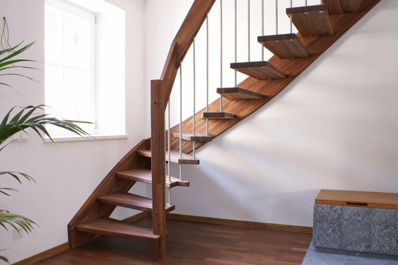 Treppe handlauftragend Akazie