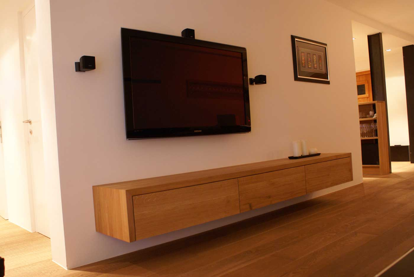 tv sideboard holz tischlerei putzer brixen. Black Bedroom Furniture Sets. Home Design Ideas
